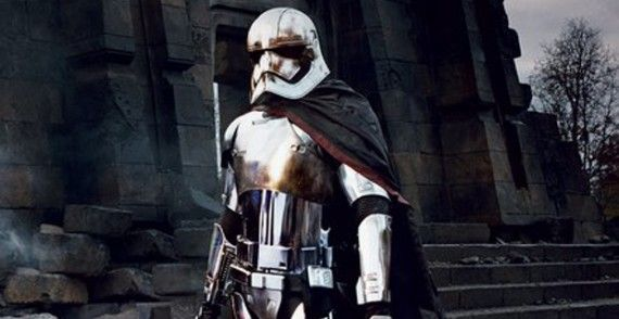 Star Wars The Force Awakens Captain Phasma reaction blog