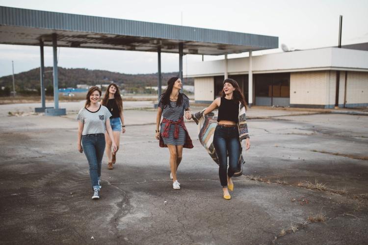 Friendship blog post Unsplash photos by Brooke Cagle