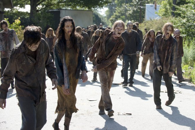 the-walking-dead-zombie-season-6.jpg