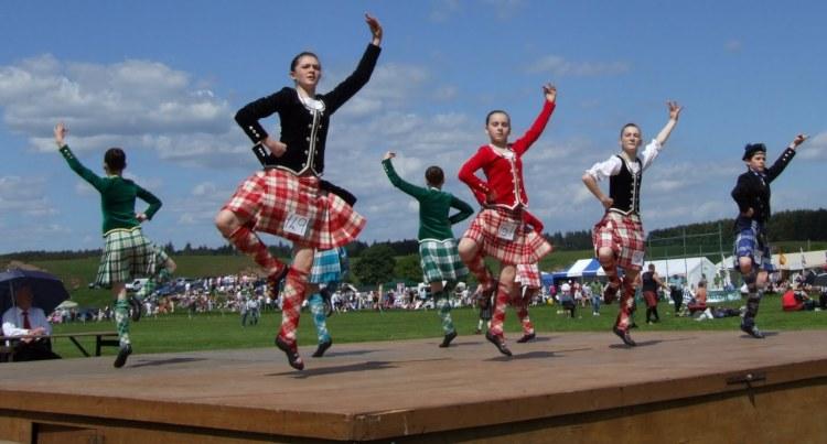 traditional-scottish-dance.jpg