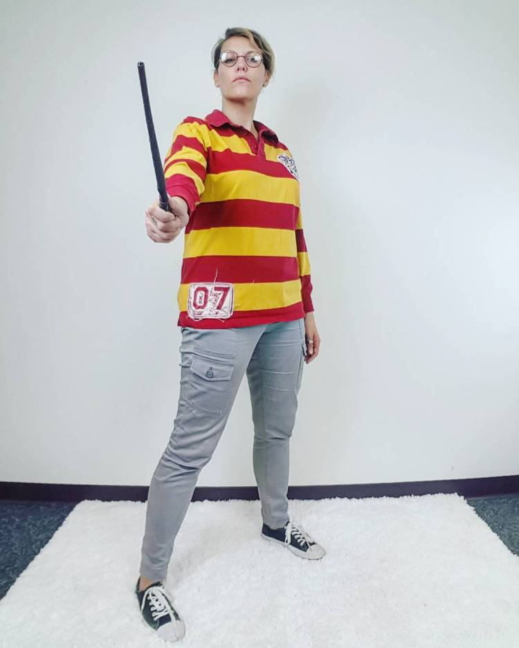 Thrift Store Cosplay Day 16 Harry Potter fashion blog post wand Wizard