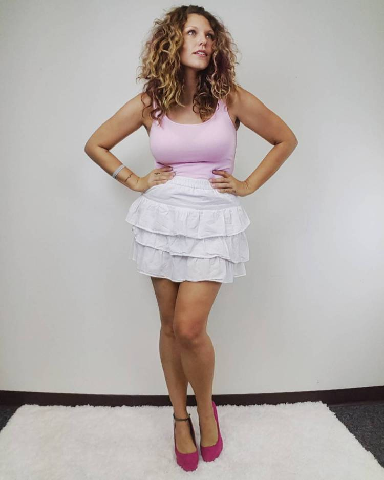 thrift Store Cosplay Day 19 Carrie Bradshaw Sex and the City fashion blog post dating