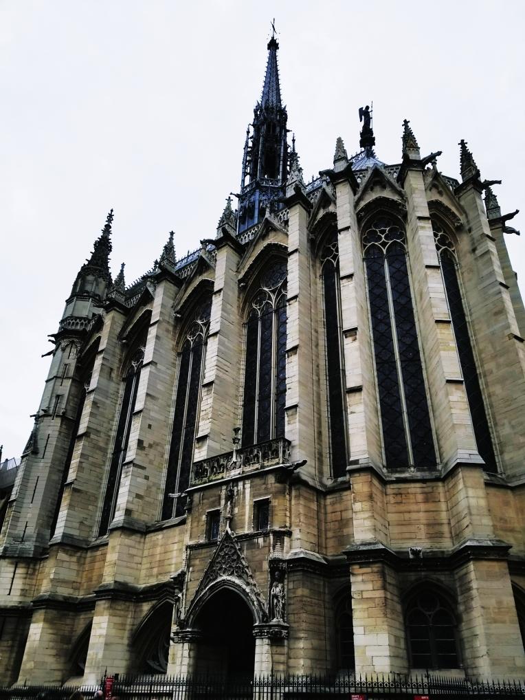 Lizzie does Paris - Saint Chapelle