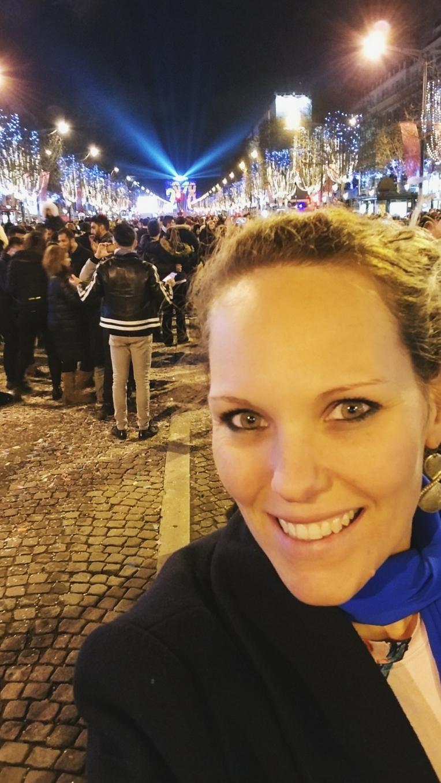 Lizzie does Paris - New Year's Eve Arc du Triomphe Champs Elyees