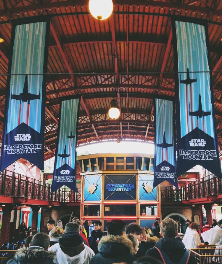 Lizzie Does Disneyland Paris - Hyperspace Mountain