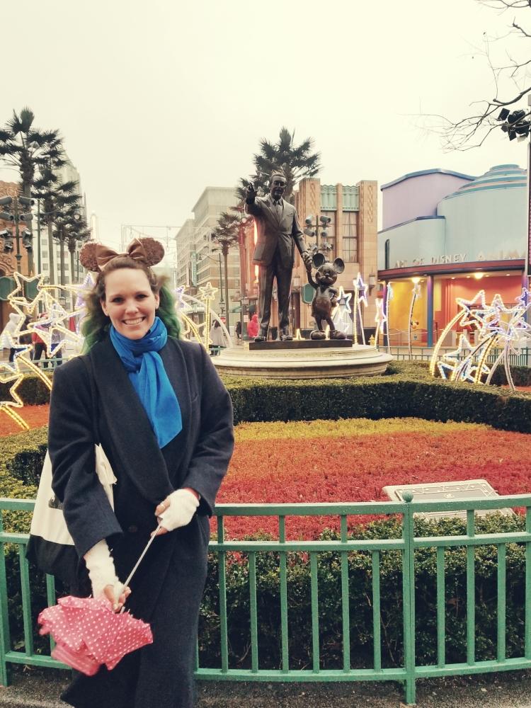 Lizzie Does Disneyland Paris