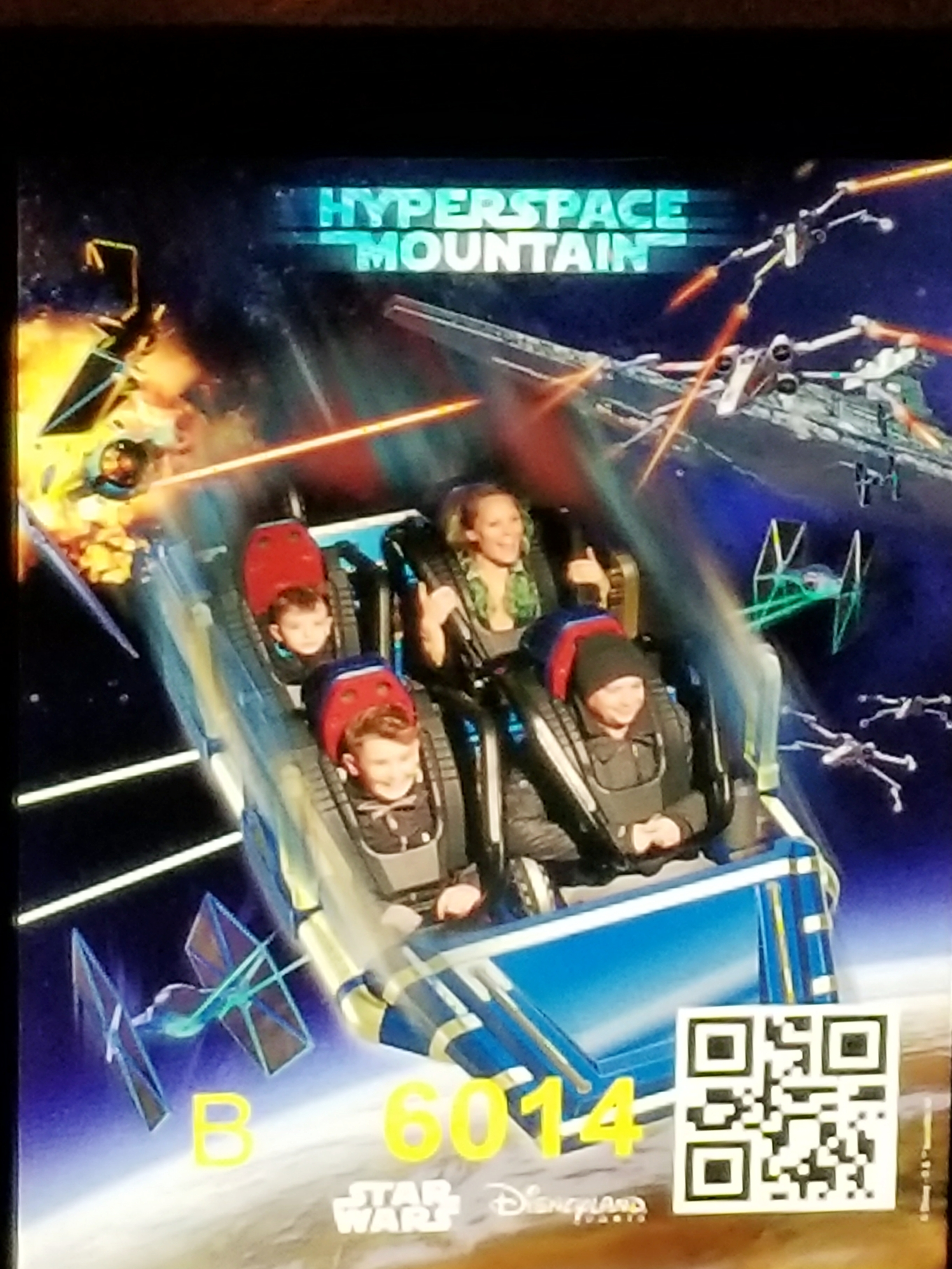 Lizzie Does Disneyland Paris - Hyperspace Mountain