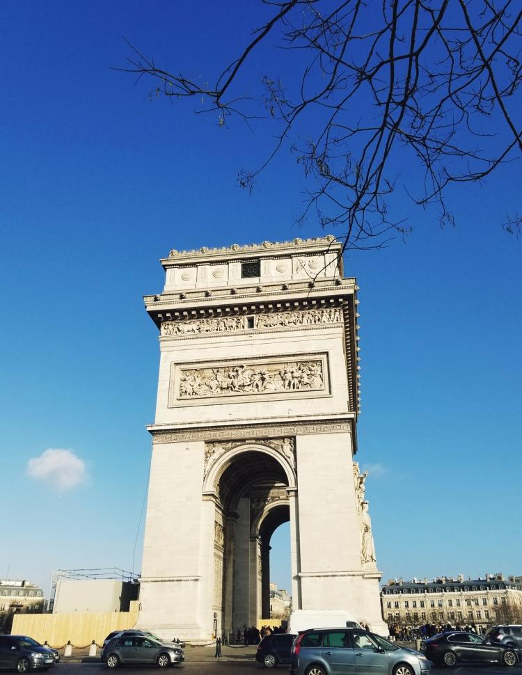 Lizzie does Paris - Arc du Triomphe
