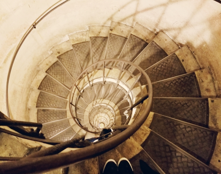 Lizzie does Paris - spiral staircase Arc du Triomphe