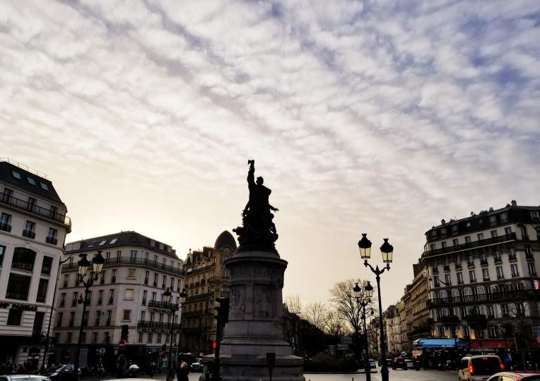 Lizzie does Paris