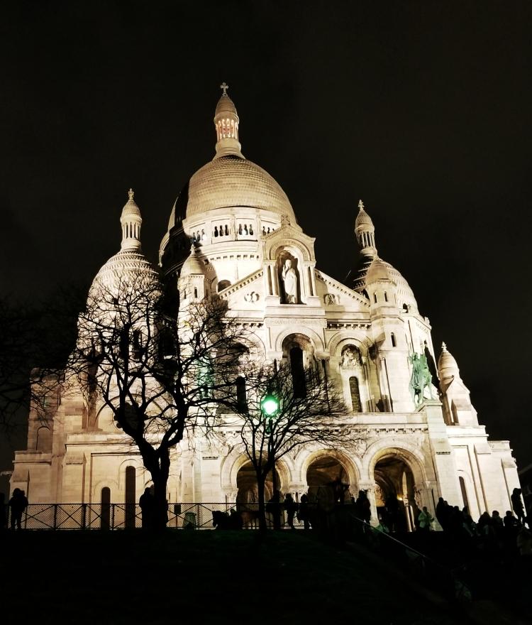 Lizzie does Paris - Sacre Coeur
