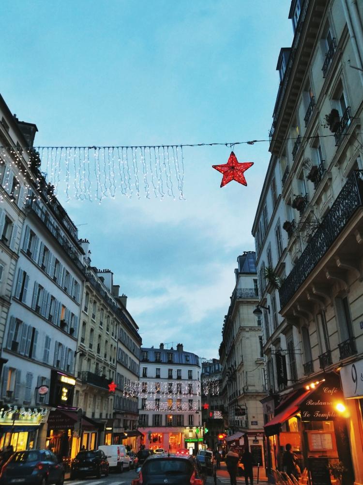 Lizzie does Paris - Montmarte Village