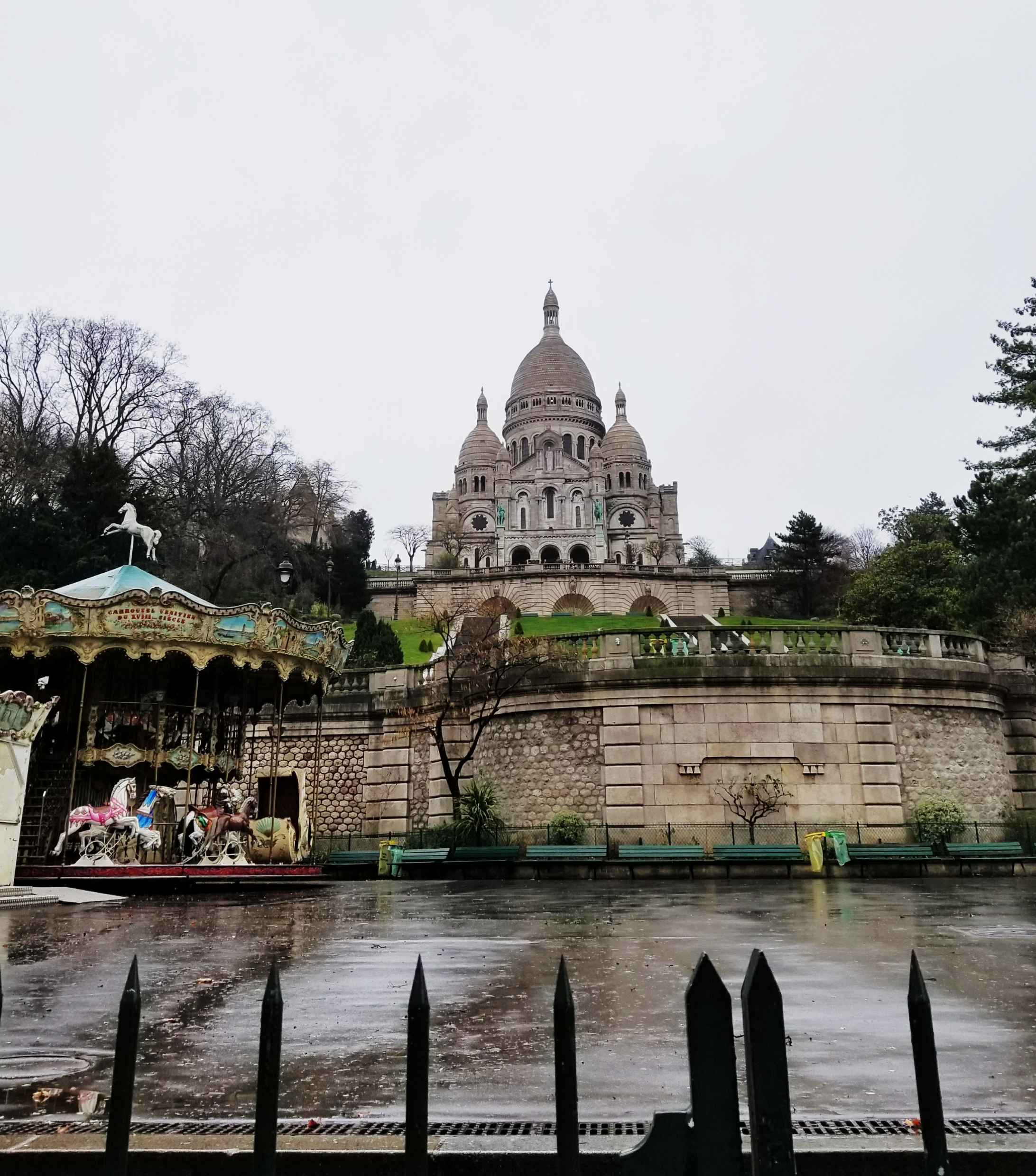 Lizzie does Paris - Sacre-Coeur