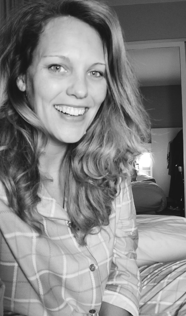Lizzie does Paris recap blog - outtakes jet lag